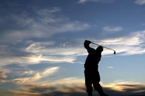 Golf_Sunset_iStock_000002564720Medium